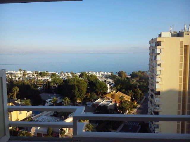 Almería, junto al mar y con piscina - Aguadulce - Huoneisto