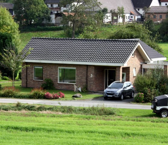 Bungalow De Appelboom - Bad Arolsen - (ukendt)