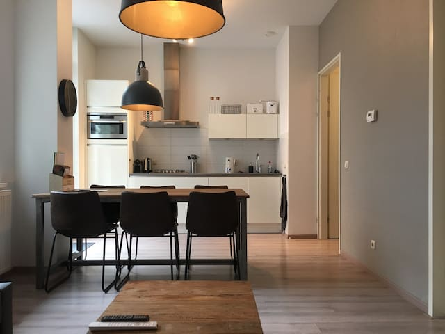 Modern appartement in hartje Den Bosch - 's-Hertogenbosch - Wohnung