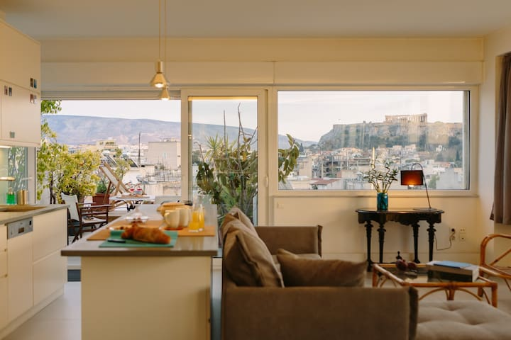 Unbeatable Acropolis View | Super Central w/Patio