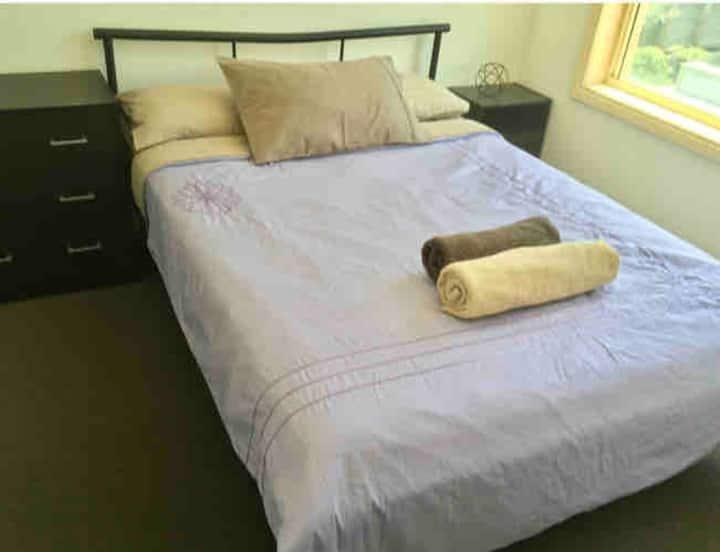 **Bespoke** Private Room Tullamarine