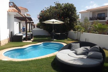 Magifique villa avec piscine au Melia Tortuga