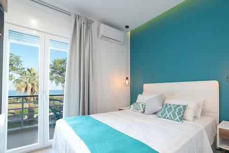 Portofino - Sea View Lux Apartment