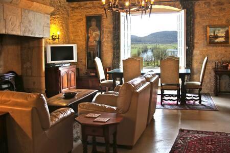 Million Euro View-Villa Mont Joie