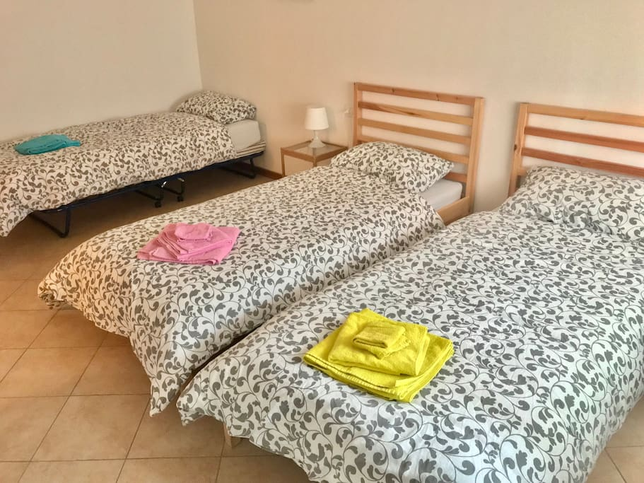 L'appartamento può ospitare fino a 5 host! Due camere, 3 + 2 letti!