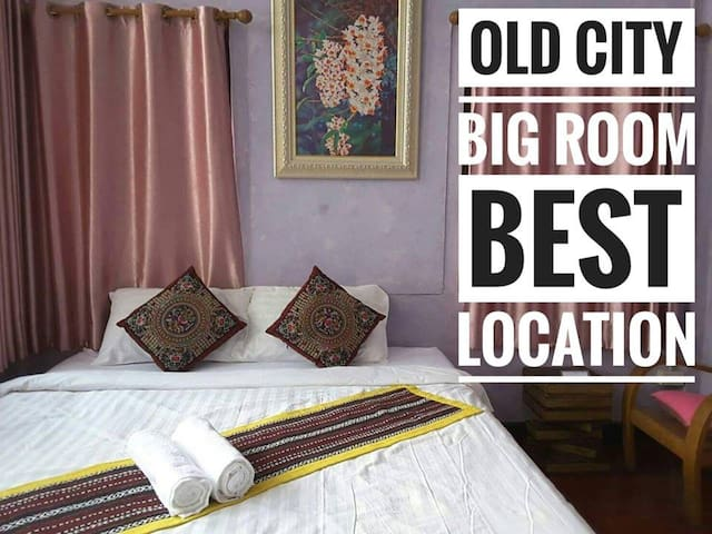 Old city- BIG room Full facilites for you (B1)
