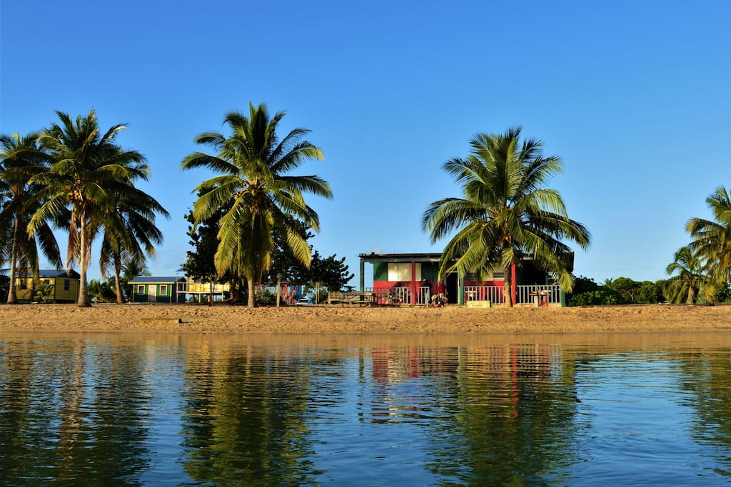 Parranda Beach is know as a place to relax a drink a beer.