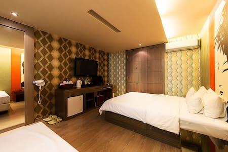 su hotel twin room in dongdamoongu - Dongdaemun-gu (distrito) - Hostal