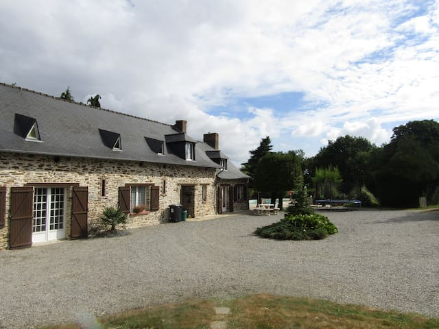 Mooie 300 jaar oude boerderij