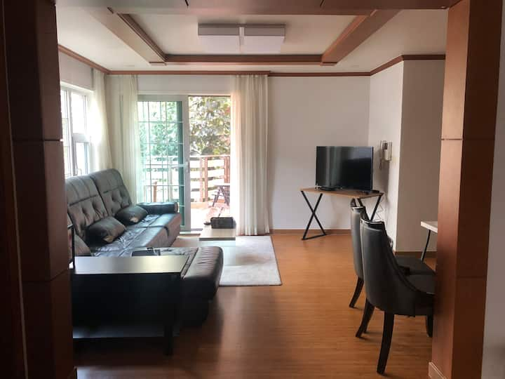 Private Room in Lovely Villa with Rooftop Access