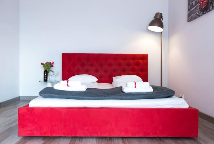 Standard Apartment 65- PCD Apartments Ochota