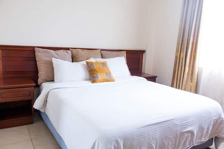 Fully furnished and serviced 1 bedroom apartment
