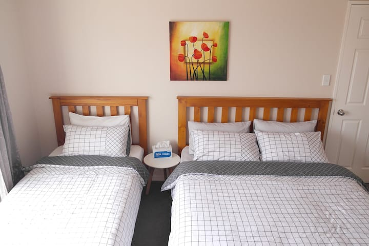 Albany Homestay two beds Suite