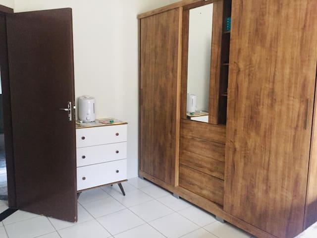 Casa no centro, confortável , limpa, acessível