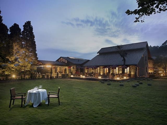 TripThrill Luxury Suite in a boutique resort