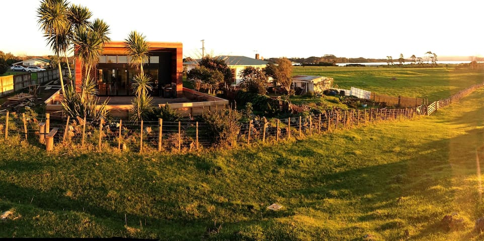 Farmstay in the City - Auckland - Huis