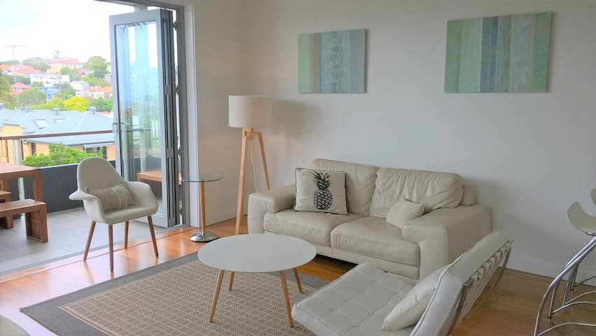 Modern Spacious Lux Clean Eastern Beaches 1 Bdrm - Waverley - House