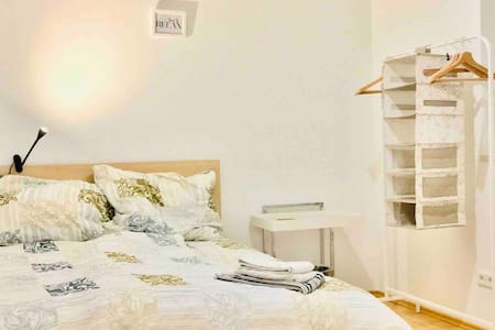 Cozy room for Couples in fully renovated Villa
