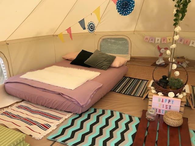 Glampingkaki-Singapore-Couple Deluxe Med Bell Tent