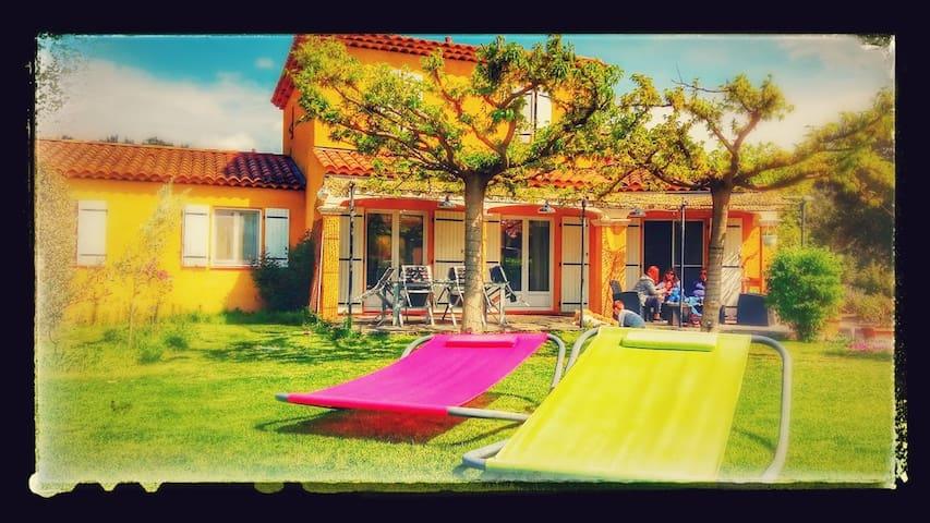 Villa en Provence avec Jacuzzi, Piscine et vue - Jouques - Villa