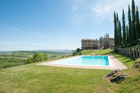 Country House immersed in a Winery Estate - Orvieto