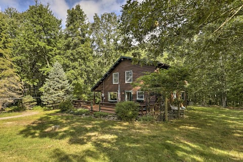 NEW! Tranquil East Lyme Log Home on 12 Acre Woods!
