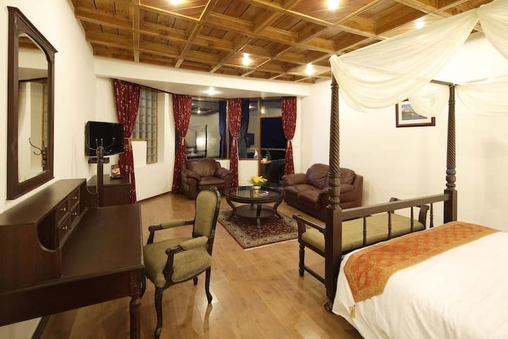 Deluxe Room @ ManuAllaya Resort, Manali