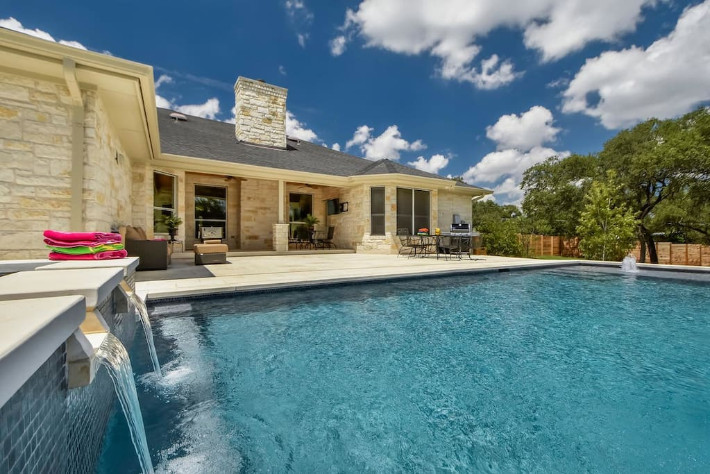 Brand NEW Pool & Hot Tub just completed!