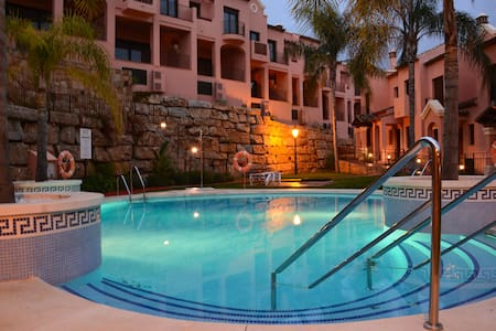 Brand new sea view townhouse in Estepona