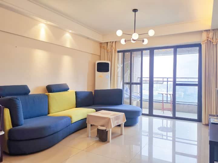 松山湖简约现代三房可住6人Songshan Lake Modern Apartment For 6