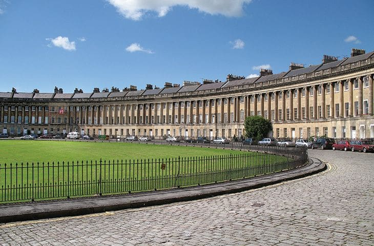 The Royal Crescent Garden Apartment, Bath - Flats for Rent ...
