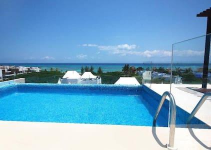 1 BLOCK FROM OCEAN AMAZING ROOF TOP W/Ocean View - Playa del Carmen - Condominium