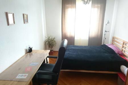 Zimmer wie bei Mutti - Hasbergen