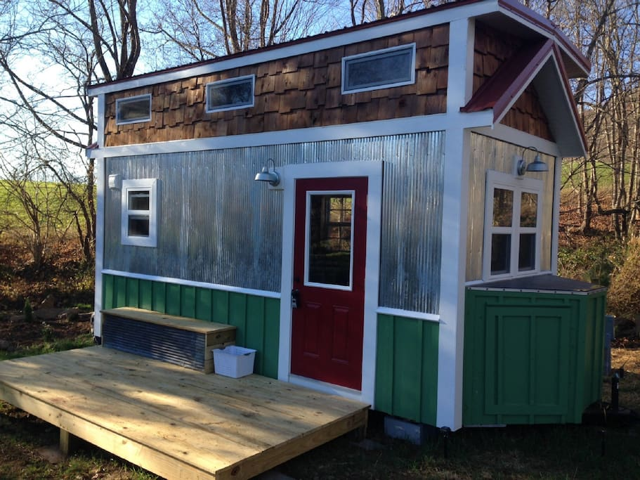 Custom tiny house in historic todd houses for rent in for Custom built victorian homes
