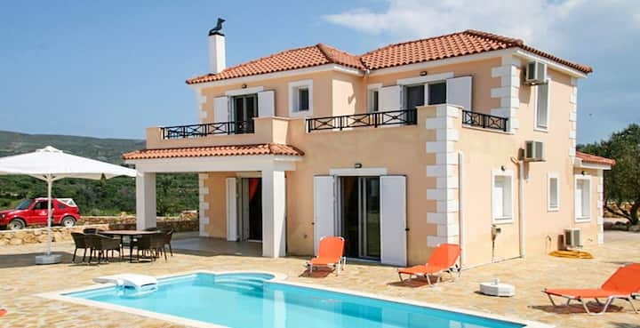 Villa with 3 bedrooms in Lixouri, with wonderful sea view, private pool, furnished garden - 200 m from the beach