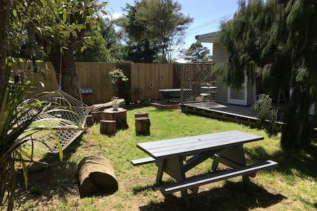 Maison des Jardins - Mangawhai