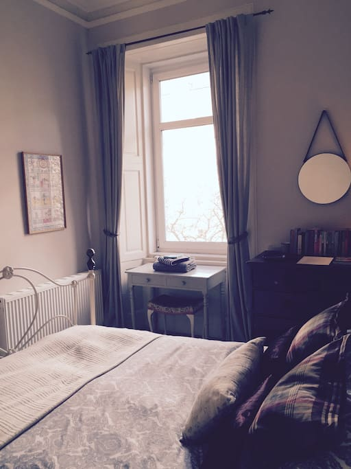 Airbnb bedroom - quiet, calm sanctuary for your holiday
