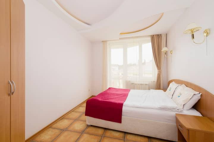 Двухкомнатный люкс с двумя балконами в Эль - отель