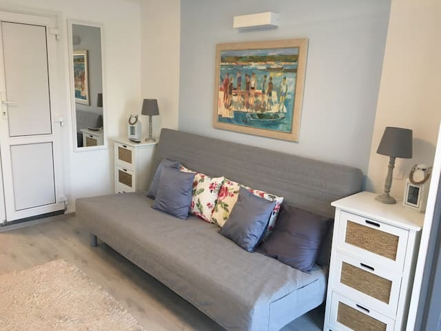 Alsóörs Bárka Apartman - studio apt near Balaton