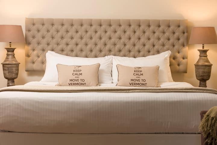 Farmhouse Suite 1 - 1 bedroom