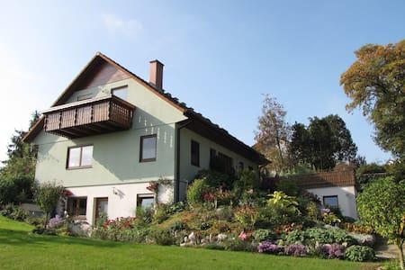Gemütlich Wohnen in Ochsenhausen (2 - 4 Personen) - Ochsenhausen