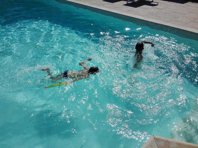 Villa Violetta con piscina riscaldata.