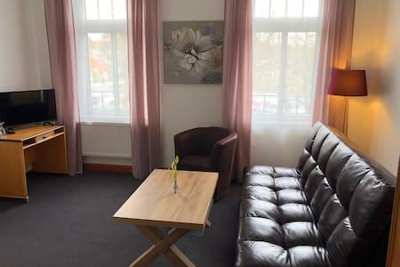 Familienzimmer-mit Verbindungstür-Eigenes Badezimmer