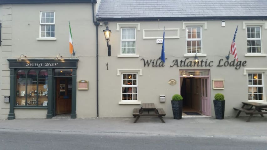 The Wild Atlantic Lodge - Ballyvaughan