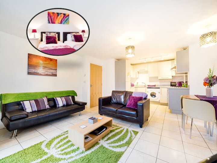 ★ Ground Floor ★ City Centre ★ Parking ★ Netflix