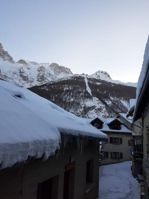 La Grave : apartment with balcony (4 pers.)