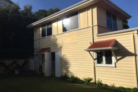 Bunbury self contained flat. - Bunbury