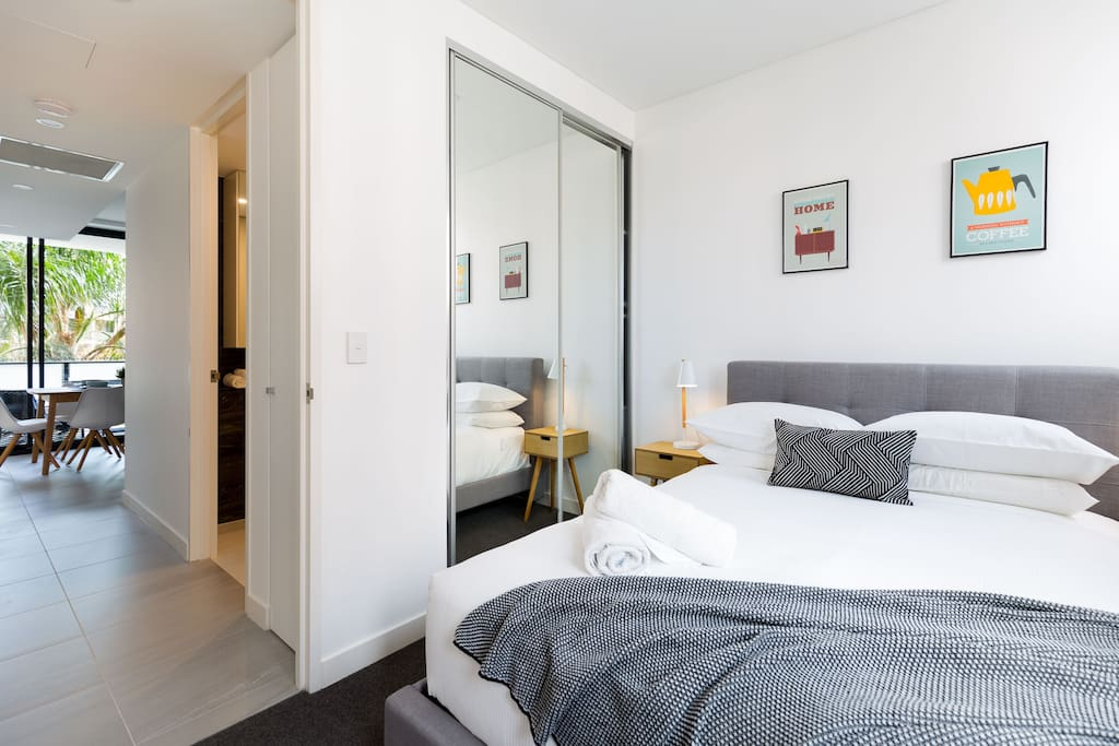 Modern New 2 Bed In The Heart Of Darling Harbour Apartments For Rent In Pyrmont New South
