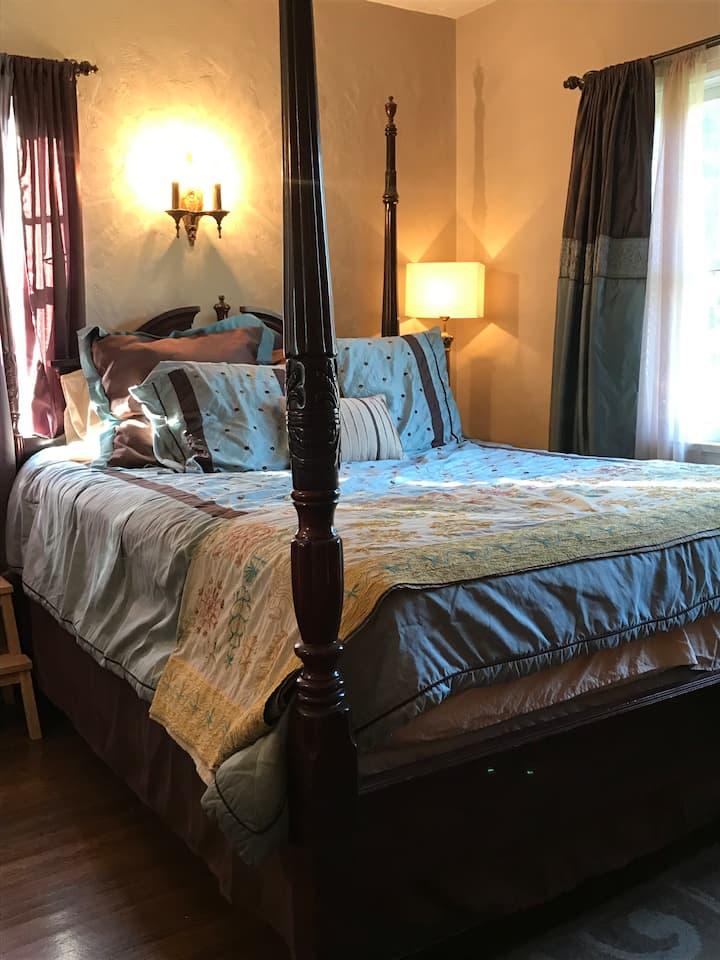 Mediterranean cottage room