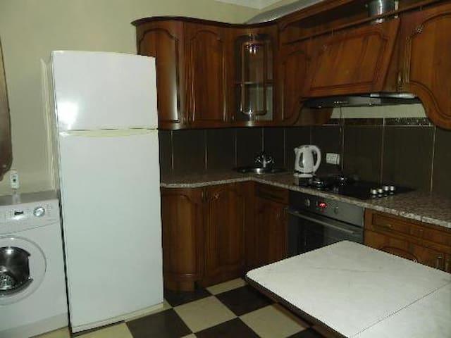 Однокомнатная квартира в самом центре Сухума